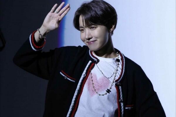 Bernuansa Ceria, 6 Lagu J-Hope BTS ini Bisa Bikin Moodmu Membaik!