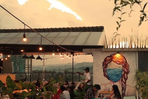 7 Rekomendasi Kafe Romantis di Bandung, Berdua Gak Sampai Rp150 Ribu
