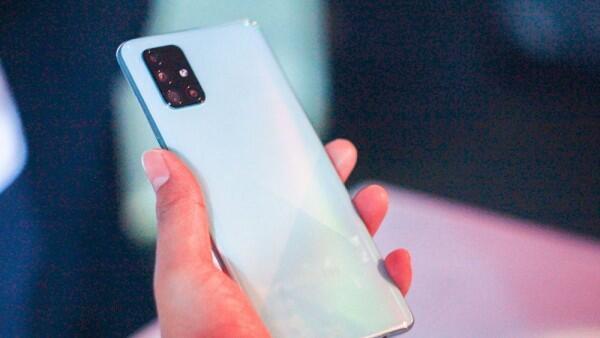 Rekomendasi 8 Smartphone Samsung dengan Baterai Berkapasitas Besar