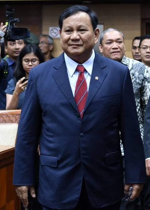 Dikit Bicara, Prabowo Fokus Bantu Jokowi Majukan Pertahanan Indonesia