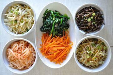 Sedapnya makanan korea, penggemar korea pasti tahu. yuk kita lihat.!!