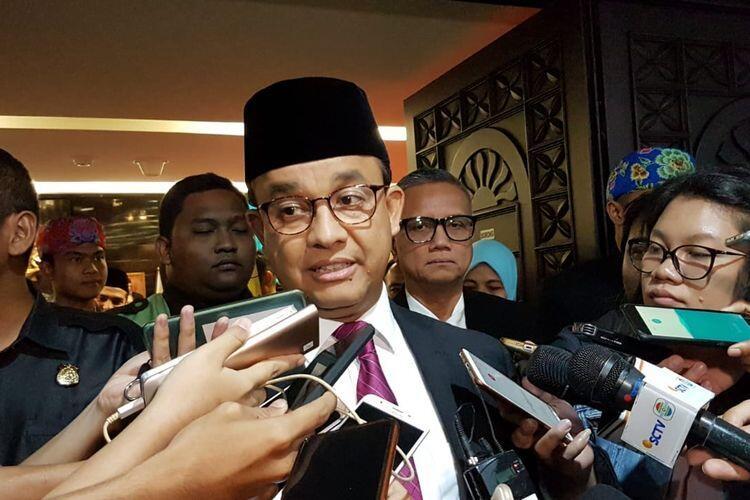 "Katulampa Siaga III, Anies Sebut Pemprov DKI Akan ""Kosongkan"" Sungai Ciliwung"