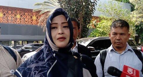 Murka, Fahira Idris Ancam Bakar Spanduk Salahkan Anies soal Banjir