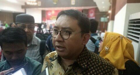 Diperlihatkan Hasil Survey, Fadli Zon: Kasian Pak Jokowi