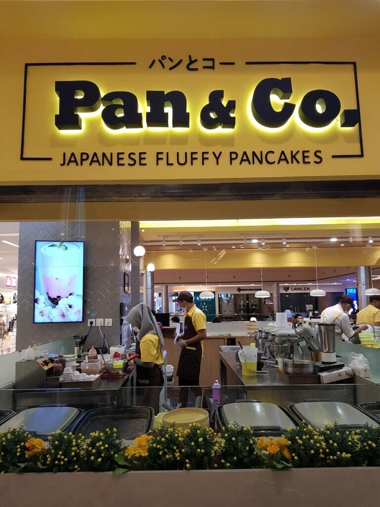 Antre Panjang Demi Fluffy Pancake Asal Jepang