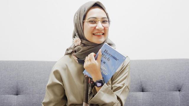 Angkie Yudistia, Sosok Perempuan Inspiratif Yang Sukses Ditengah Keterbatasan