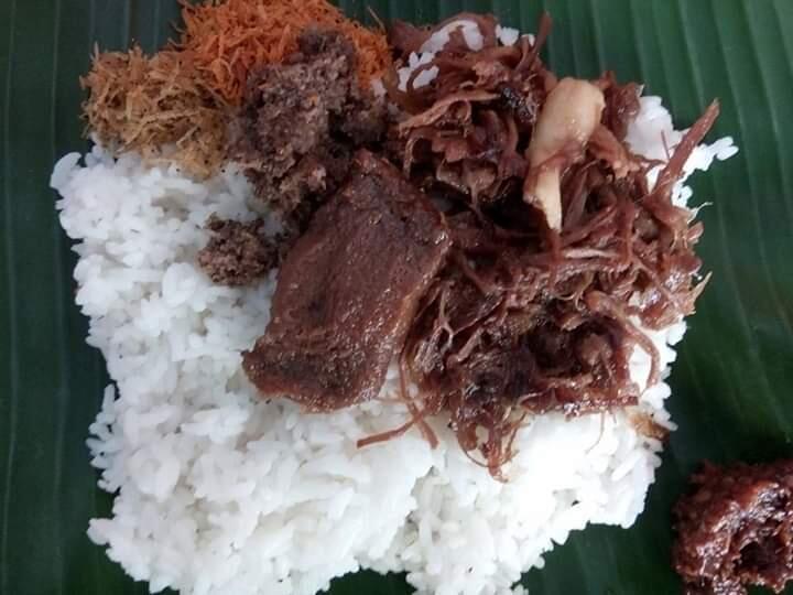 [COC Regional : Makanan Tradisional] Nasi Krawu Khas Kota Gresik