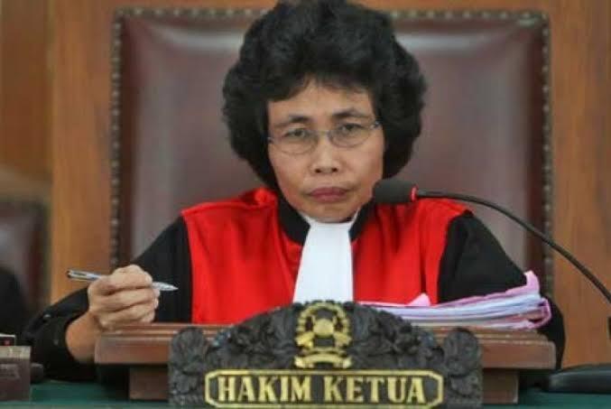Tegas, Keras Dan Berintegritas Albertina Hp Srikandi Hukum Indonesia