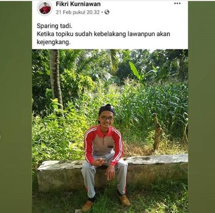 Status Facebook Guru SD Membuat Ngakak Netizen! Kalau Jadi Muridnya Mau Komen Apa?