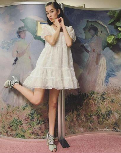 9 OOTD Kiko Mizuhara yang Feminin Nan Kasual, Bisa Banget Ditiru Nih!