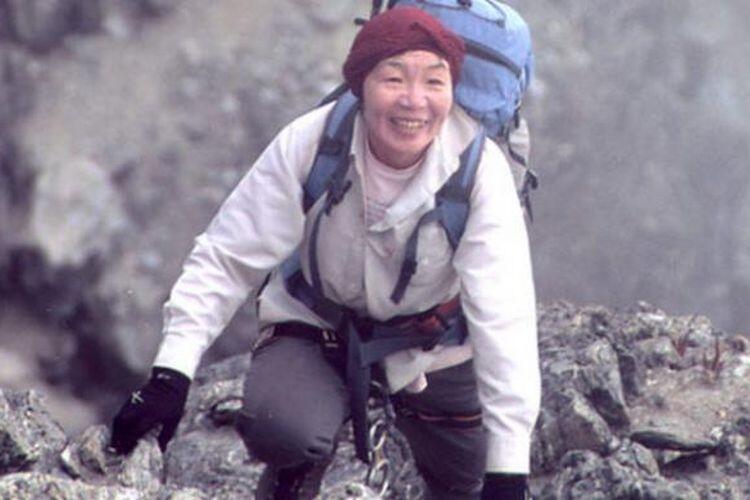 'Junko Tabei' Wanita Pertama Yang Mampu Menaklukan Gunung Everest.