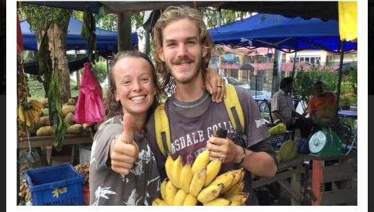 Berawal Dari Buah, Dua Orang Ini Sukses jadi Pasangan Kekasih!