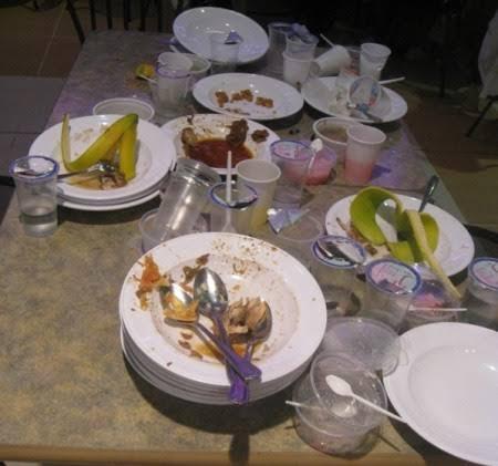 11 Tipe Orang Makan yang Kocak Abis! GanSis Tipe Mana?