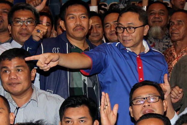 Zulkifli Hasan Sambangi Kediaman Prabowo, Bahas Apa?