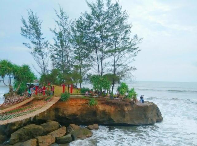 [ COC Regional : Lokasi Wisata ] Pantai Sungai Suci Yang Menawan