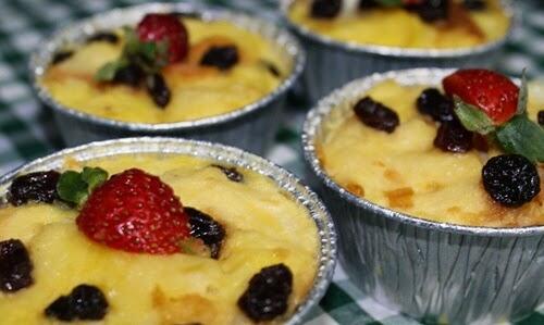 Resep Puding Roti Tawar Strawberry