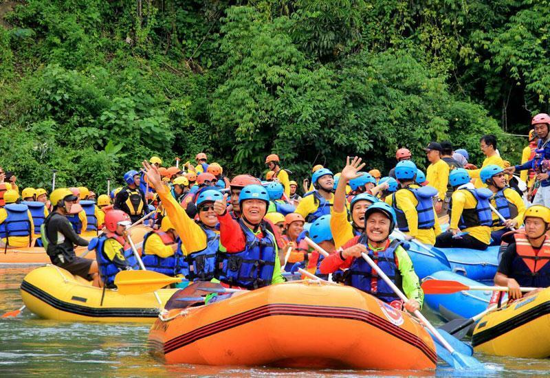 [ COC Regional : Tempat WIsata ] Sensasi Arung Jeram & Villa Dayang Rengginang