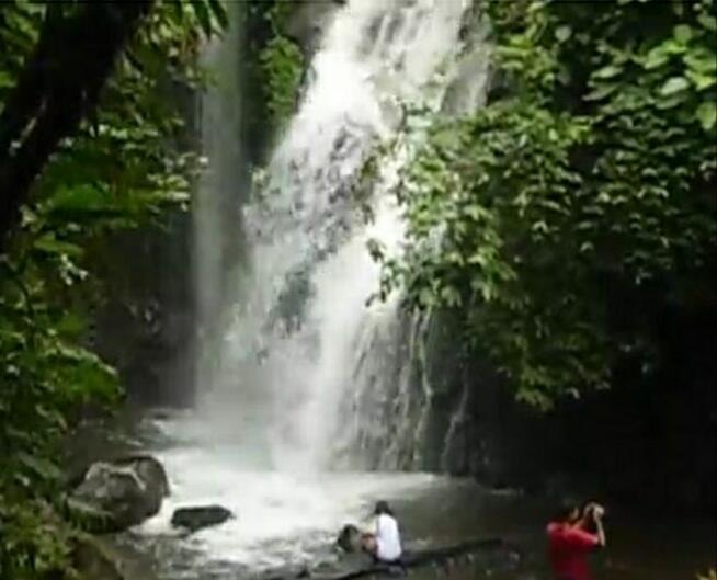 [ COC Regional : Lokasi Wisata ] Air Terjun Suban Pesona Dua Aliran Sungai