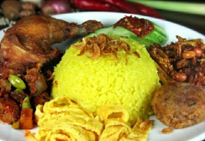 [ COC Regional : Makanan Tradisional ] Nasi Jambar Kunyit Khas Bengkulu
