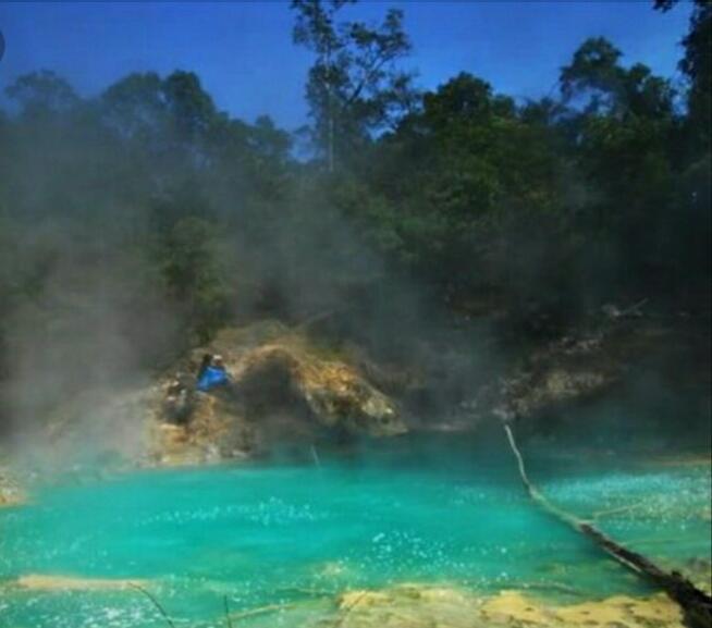 [ COC Regional : Lokasi Wisata ] Telaga 7 Warna Yang Indah Dan Unik