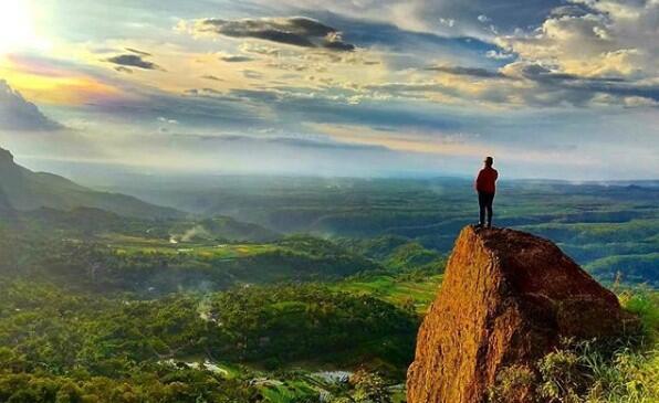 [COC Regional : Lokasi Wisata] Gunung Bedes Ponorogo Yang Indah