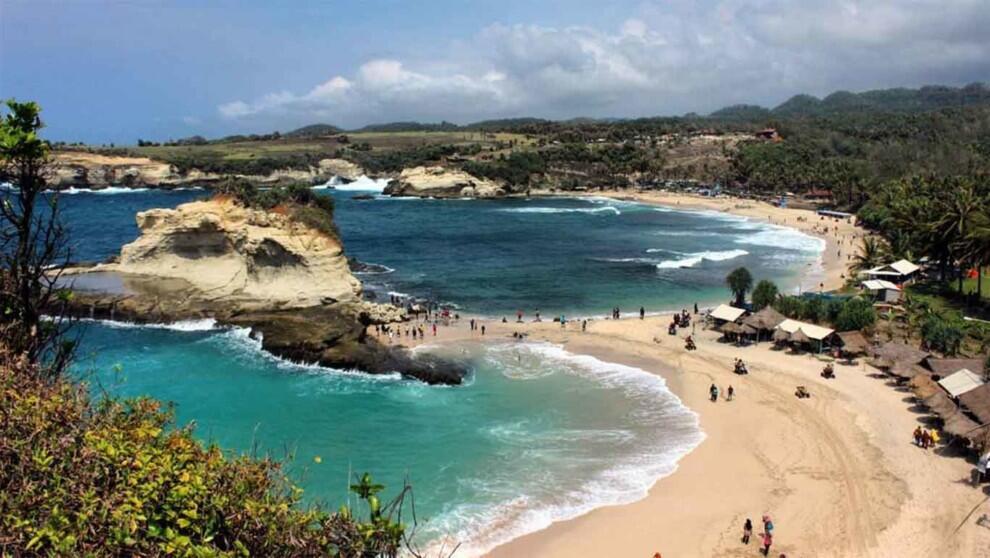 [COC Regional : Lokasi Wisata] Klayar Beach Mempesona Mata