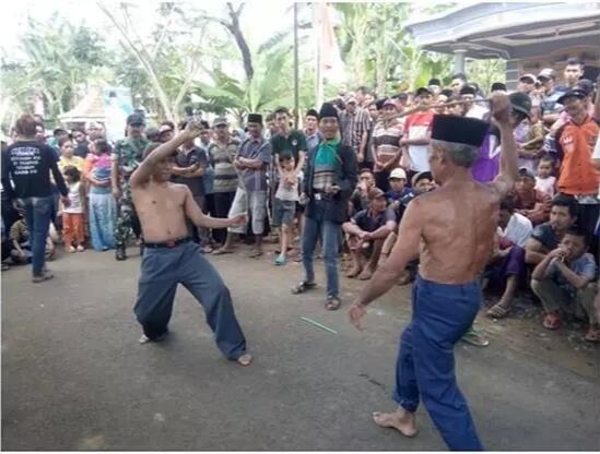 [COC Regional : Kebudayaan] 5 Tradisi Unik Yang Masih DiLestarikan Di Madura