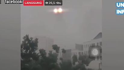 Heboh, Penampakan Aneh dan Misterius di Langit Saat Hujan Badai! Apakah Ini Alien?
