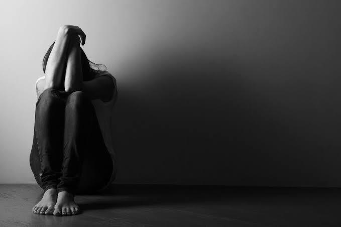 Jangan Menghakimi Orang Seenaknya, Inilah 5 Hal yang Dirasakan Orang Depresi