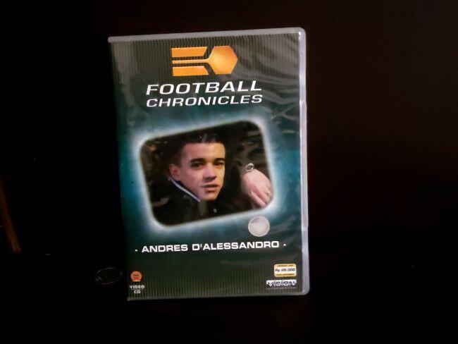 """Keuntungan #DiRumahAja adalah """"Menghidupkan"""" Kembali Koleksi DVD Sepak Bola Lama"""