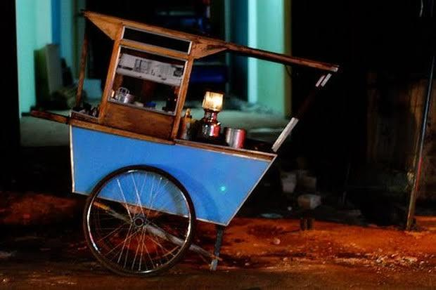 Cerita Horor Penjual Sate Dan Hantu Sungai Bikin Merinding