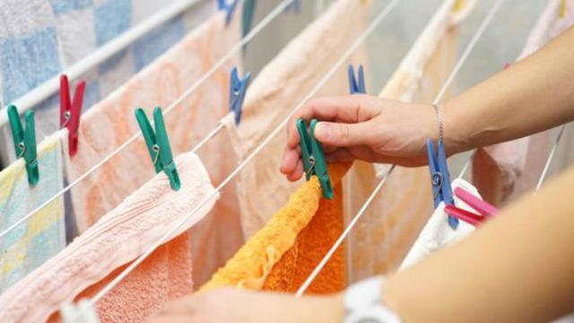Cuci Bed Cover Sendiri di Rumah Pasti Bisa
