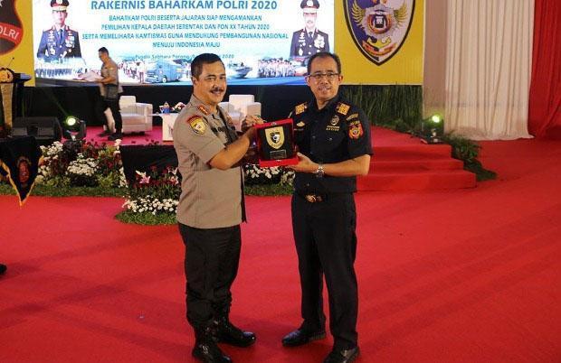 Tingkatkan Strategi Pengawasan, Bea Cukai dan Kepolisian Perkuat Sinergi