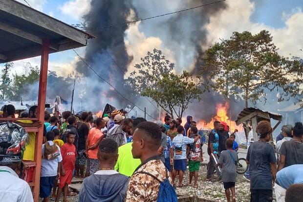 Dua Warga Terluka dan 16 Kios Ludes Terbakar di Jayapura