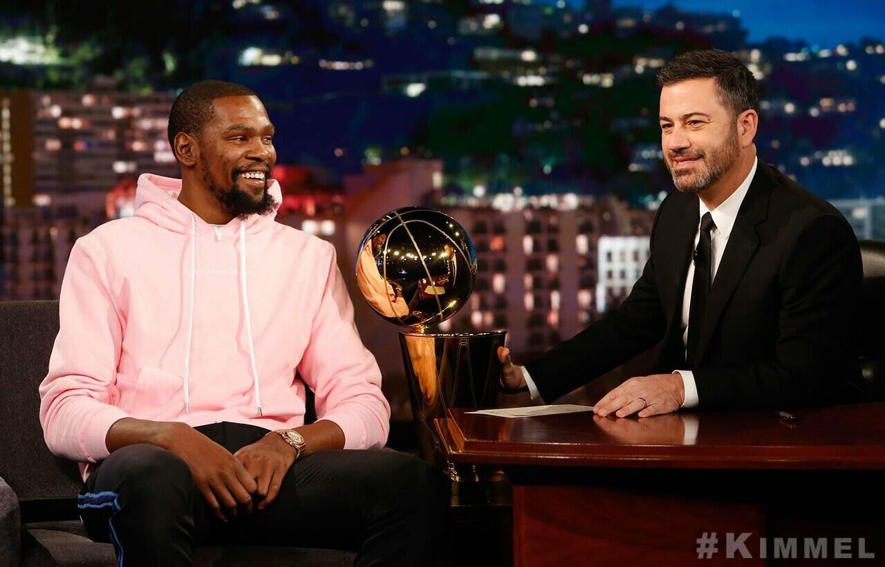 Bintang NBA, Kevin Durant Positif Terkena Virus Corona