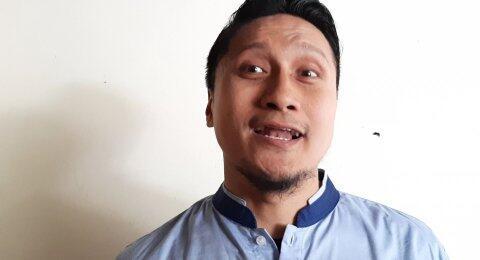 Bandingkan Virus Corona dengan Kelaparan, Arie Untung Disemprot Warganet