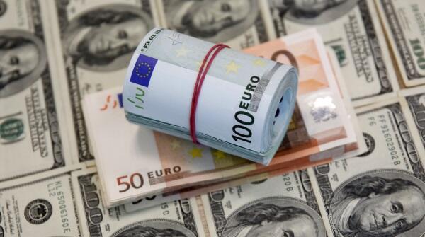 Euro Menguat Didorong Program Pembelian Aset ECB, Dolar AS Masih Teratas