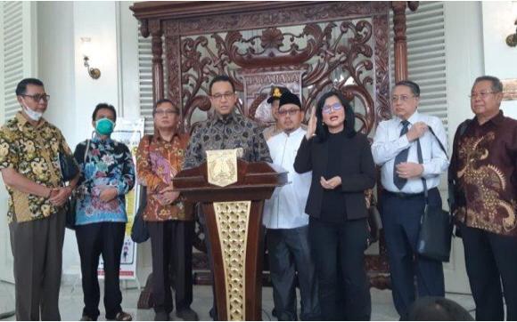 BREAKING NEWS: Anies Putuskan Salat Jumat di Jakarta Ditiadakan Selama 14 Hari