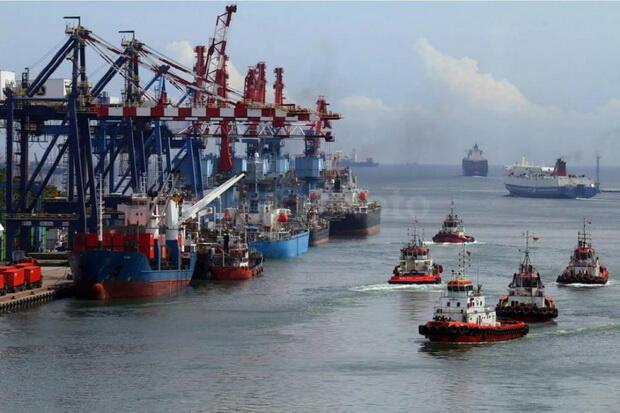 Pelabuhan Tanjung Priok Tetap Beroperasi di Tengah Ancaman Wabah Corona.