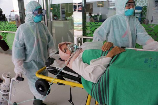 Luhut Minta Permudah Pemenuhan Alat Tes Virus Corona dari Luar Negeri