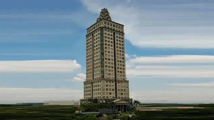 Teror Di Menara Saidah