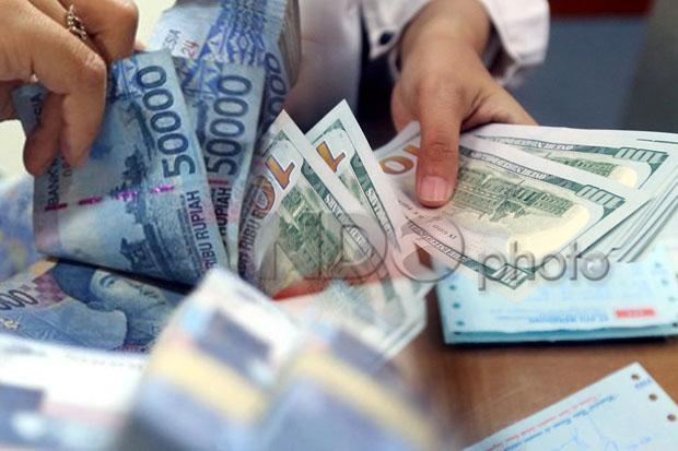 Rupiah Sulit Bangkit Saat Kondisi Global Belum Menentu