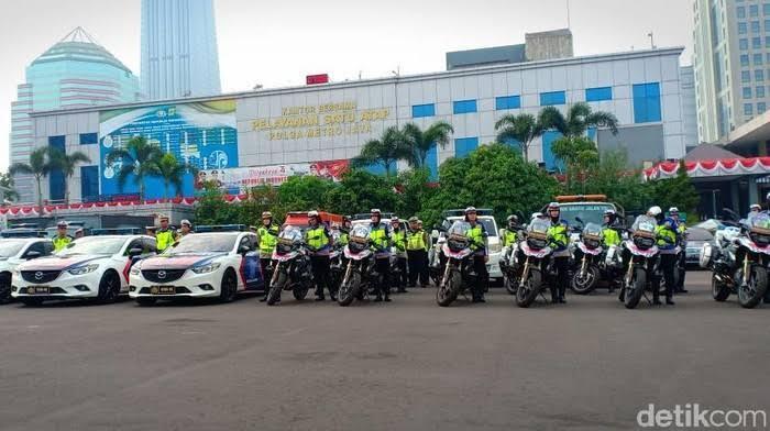 Di Tengah Wabah Corona Polisi Masih Razia, Perlahan Pedagang Mulai Sepi Pembeli