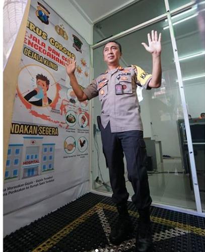 Kapolrestabes Surabaya Resmikan Camber Sterilitation Untuk Cegah Corona