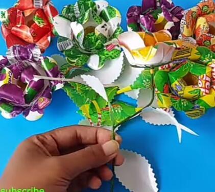 Dari Sampah Menjadi Bunga Yang Indah!