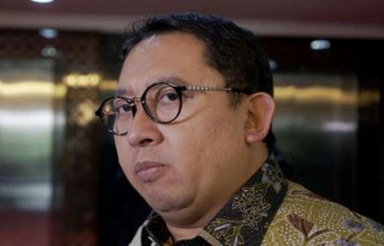 Fadli Zon: Pak Jokowi, 50 Juta Masker Tak Terlihat, Disimpan di Mana?