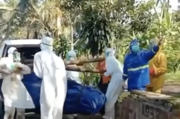 Jenazah Pasien Corona Ditolak Warga Sekampung, Petugas Medis Sampai Dilempari Batu