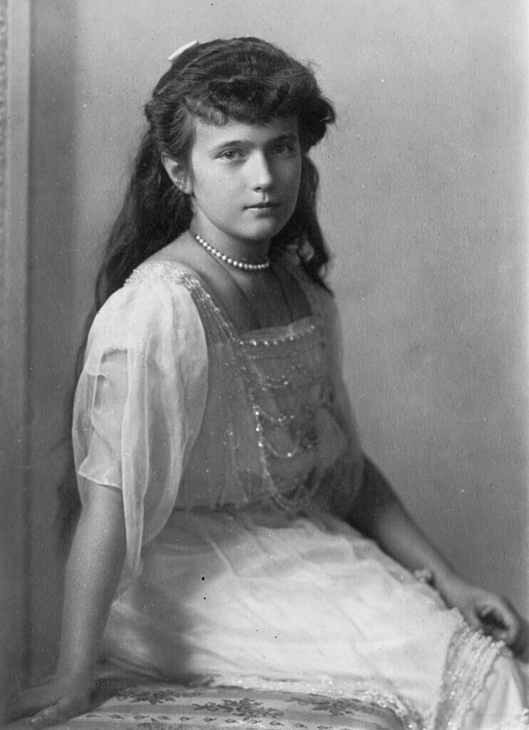 Misteri Kematian Anastasia Romanov, Putri Tsar Rusia Terakhir