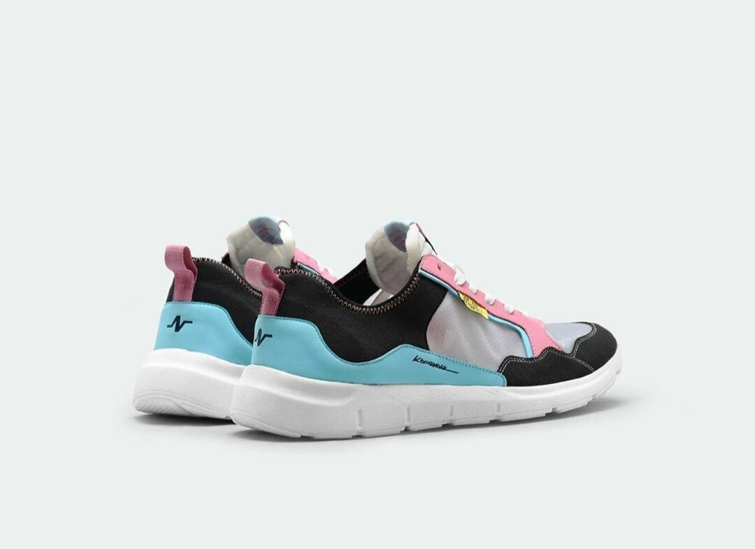 Sepatu Kolaborasi Ciamik Model Vulkanisasi dan Sport, Pilih Mana Cuy?
