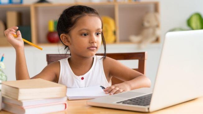 5 Cara Agar Anak Tak Jenuh Belajar di Rumah, Paling Enak Nomor Empat
